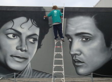 Owen Dippie working on one of his masterpieces, From One King to Another.