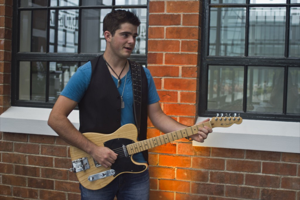 Dan Cosgrove will represent New Zealand at a transtasman country music competition.
